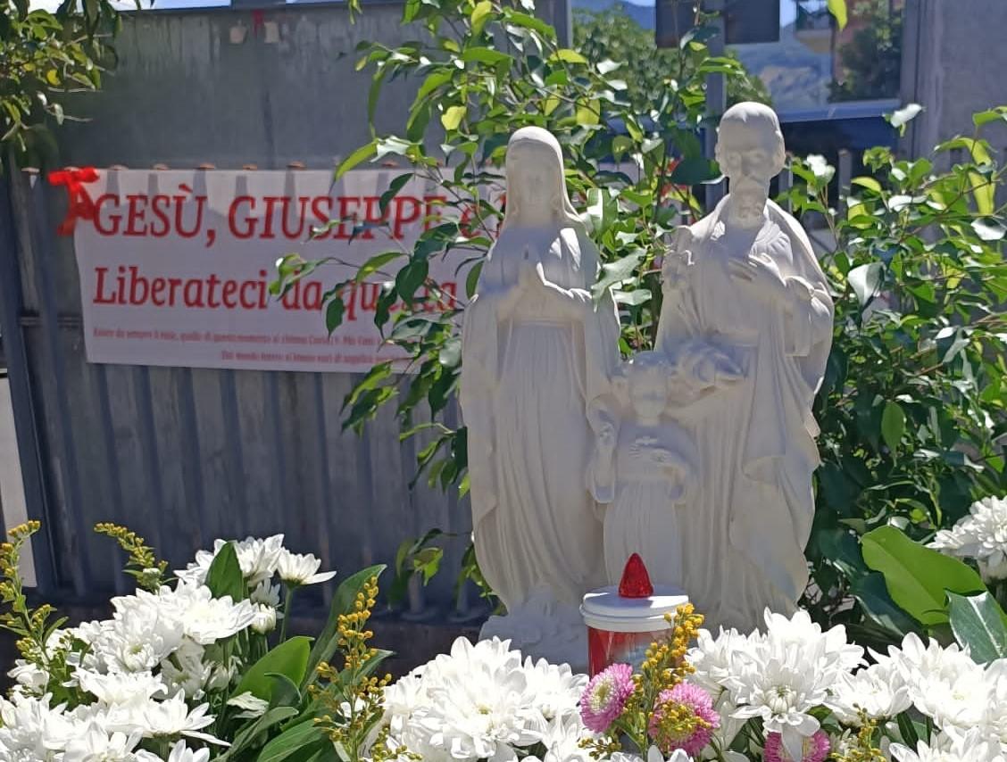 Inaugurata statua della Sacra Famiglia presso il Poliambulatorio di Rotonda